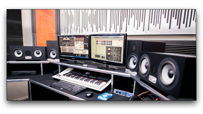 DJ eM beliEVEs in EVE Audio SC207, SC307 and TS110